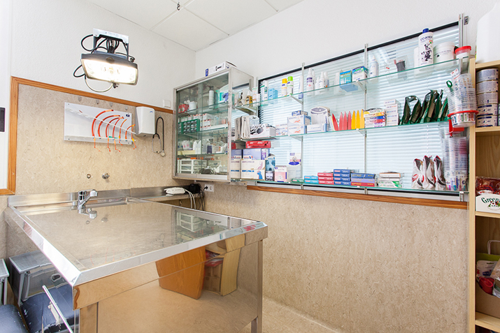 Cures clinic room Elche 2
